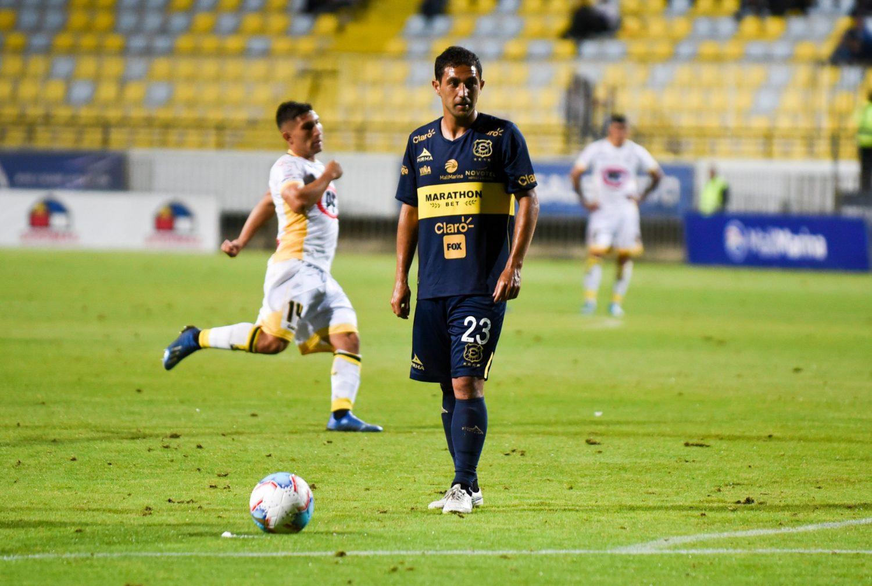 """Fernando Saavedra: """"Nos estamos preparando para la fecha estipulada y así llegar de la mejor manera"""""""